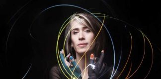 Imogen Heap Mi.Mu gloves